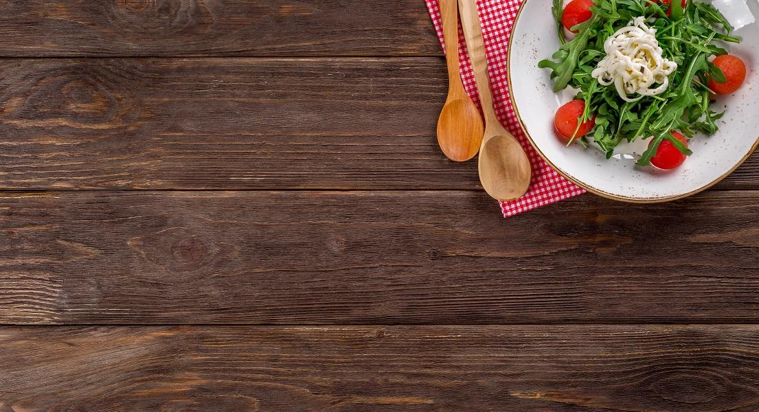 How to Build Healthy Habits Around Mealtimes