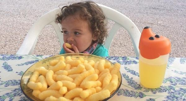 What do Nutritionists Feed Their Kids?-Featuring Lizzie